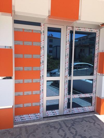 Alüminyum Bina Giriş Kapısı
